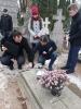 Tabliczki przy grobach powstańców